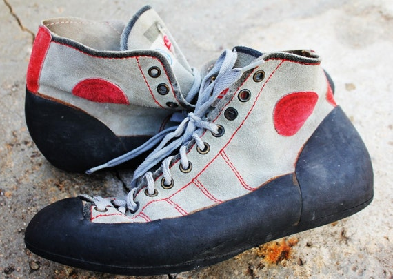 Vintage Mountain Climbing Sneakers Sz 8 1/2-9 1/2
