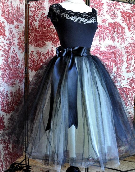 Black and ivory lined tulle skirt for women. Bridesmaid skirt, engagement shoot, adult black tutu, tea length formal skirt. TutusChic