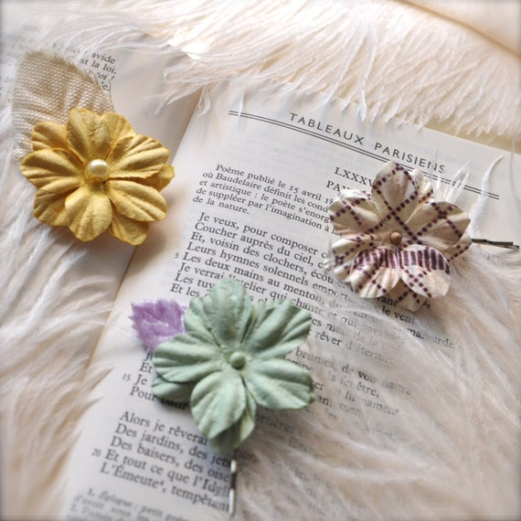 Bobby pins in muted vintage pastels.  Summer accessory with retro appeal. Ready to ship. OAKK