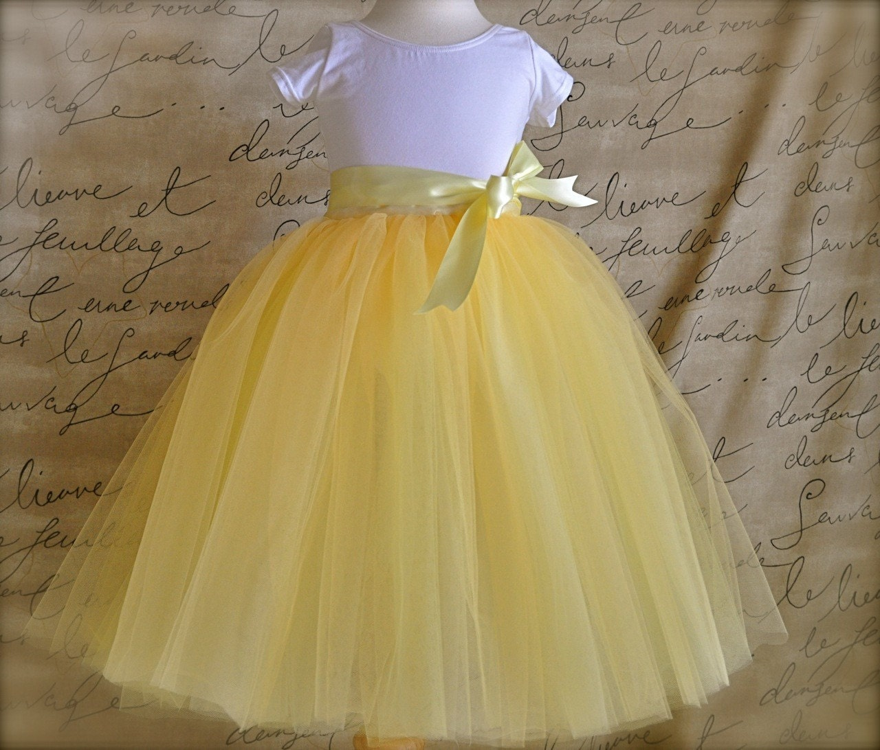 fine yellow tulle skirt outfit 10