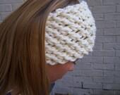 Chunky Knit Wide Headband, Winter White Headband, Hand Knit Wide Earwarmer, Cream Ecru Knit Headband, Back to School, Fall Fashion