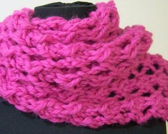 Chunky Knit Long Pink Scarf, Raspberry Knit Scarf in Luxury Merino Wool, Knit Wool Scarf Pink, Big Knit Merino Scarf, Gifts Under 75, Winter
