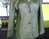Vintage rich olive green soft leather coat jacket blazer 1970s