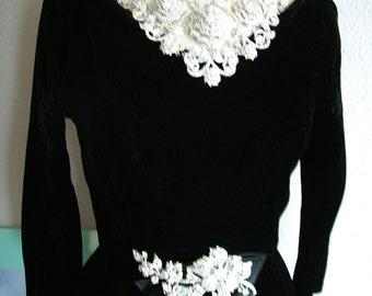 Vintage Black Suzy Perette velvet 1960s cocktail dress evening gown red carpet worthy