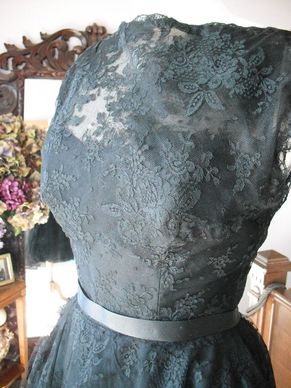 Vintage 1950s Black chantilly lace bombshell cocktail dress pin up girl wow