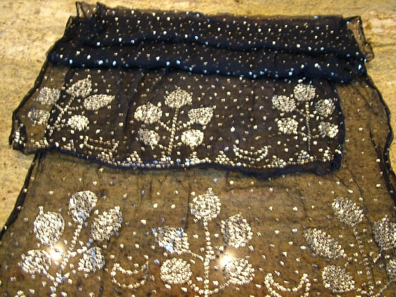 Antique 1920s art deco assiut shawl