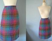 1950s skirt / 50s pencil skirt / wool plaid / Get Happy Plaid