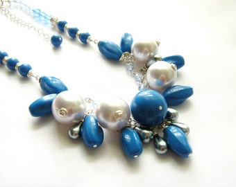Chunky Statement Necklace, Blue Statement Necklace, Beaded Pearl Necklace