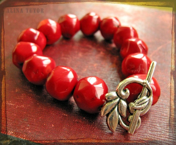 Coral bracelet in rustic red  - Valentine's day specials - genuine gemstones with antique silver plated clasp