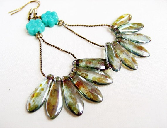 Peacock tail earrings - Czech glass points, antiqued bronze chains and earwies