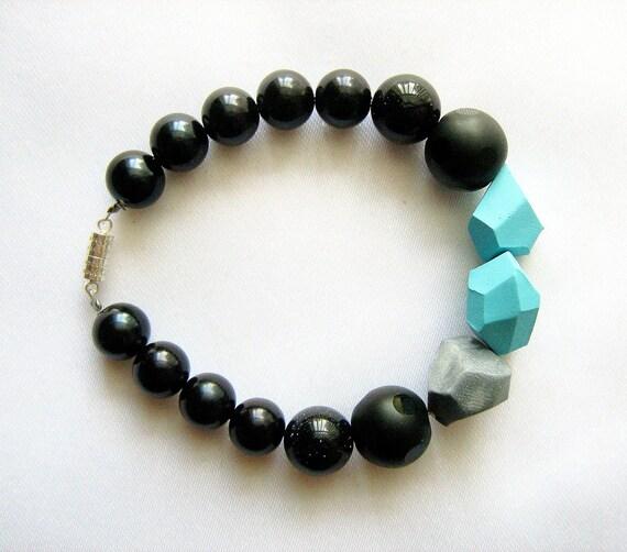 Beach Stones Geo Bracelet - handmade geometric jewelry -  Rare Diamonds Collection