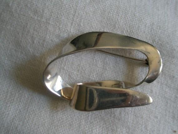 Vintage Sterling Contemporary Design Signed Brooch