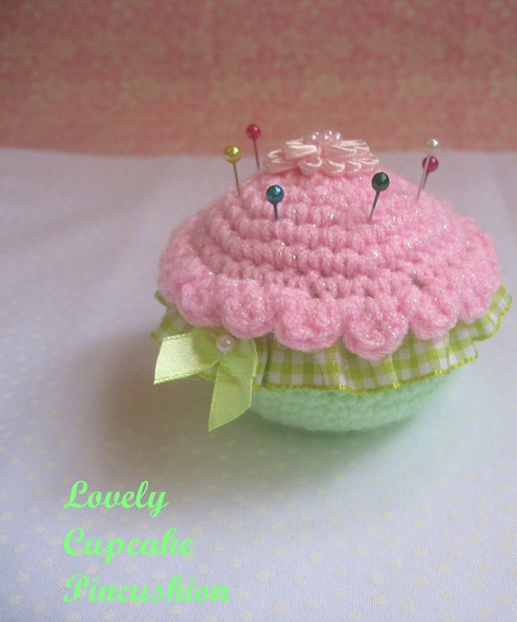 Cupcake crochet Pincushion