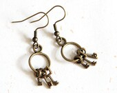 Keys Earring (E038) in vintage brass color