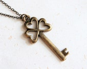 Open the Luck - Clover Key Necklace (N153)