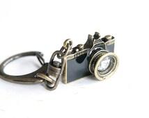 Black Camera Keychain / keyring (R019)