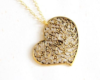 Vintage Golden Color Filigree Heart Necklace (N120)