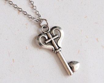 Lover's key - Vintage Look Key Necklace(N158)