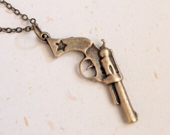 Pistol Necklace (N206) in brass color