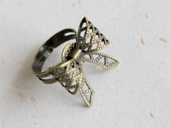 Ribbon Ring (R014)