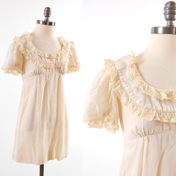 SALE Vintage 60s 70s Young Innocent by Arpeja dolly dress / Empire waist / Cream lace