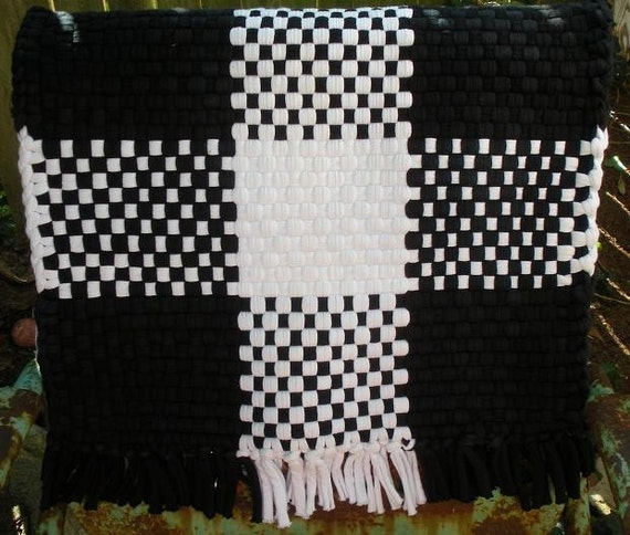 Retro black and white checkered cottage rug recycled for Checkered carpet black and white