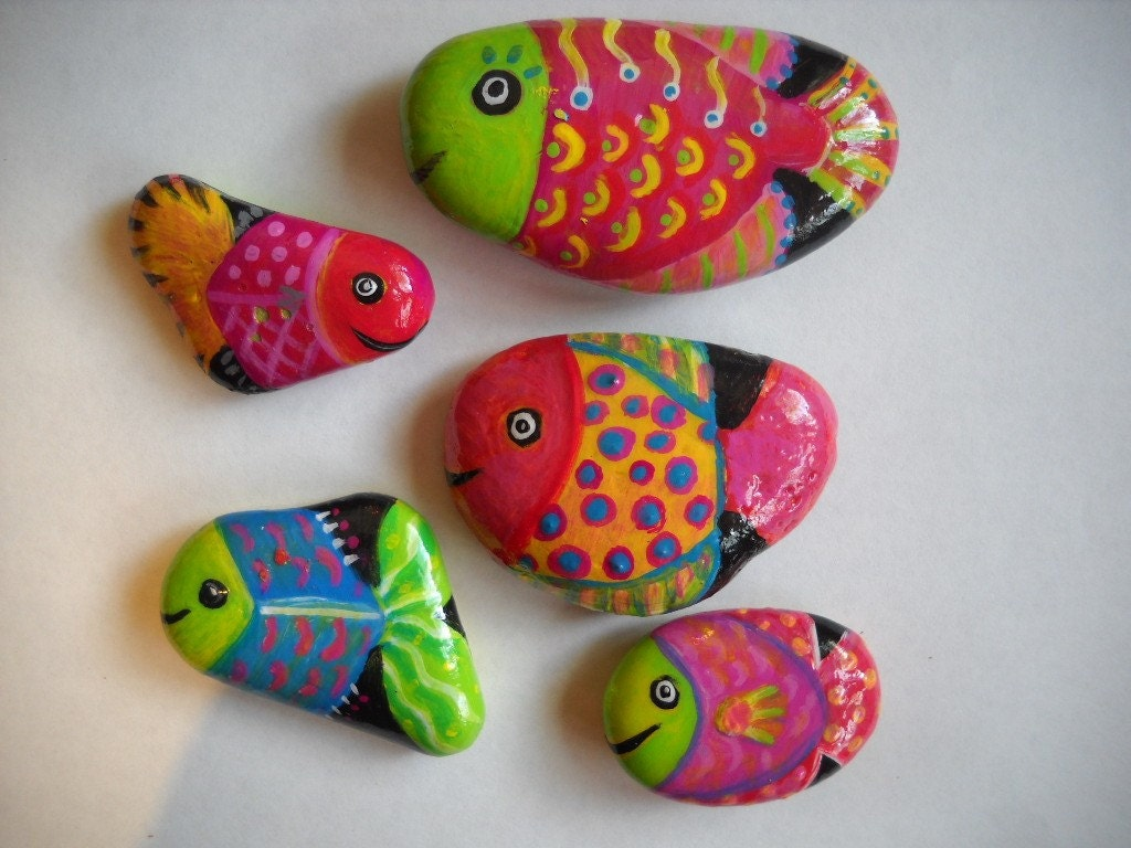 Sold order for hwngal 5 painted fish rocks for How to paint a fish