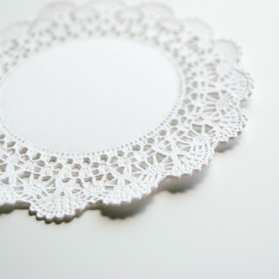 Paper Doilies Small - Cameron (50)