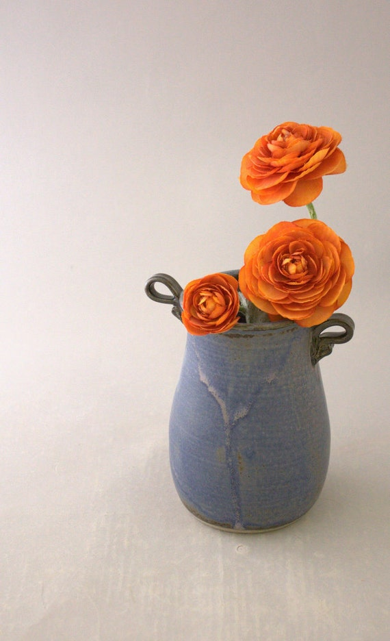 Small Vase in Lilac by Nstarstudio
