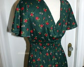 SALE - Vintage Green with Red Roses and Daisy Dress