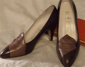 Reserved - Heels - Shoes - ESPRESSO & CHOCOLATE Brown - Italian - US Size 8 8.5 - Sexy Pointed Vamp, Gathered Leather Detail