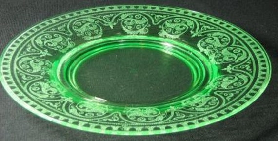 Vintage Cambridge Windows Border No. 704 Green 8.5 in. Plates (3 Available)