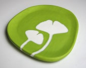 ceramic ginkgo plate - ginkgo leaves in chartreuse green - vibrant kitchen decor