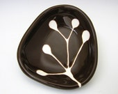 small ceramic dish - berry branch in dark chocolate brown - hopejohnson