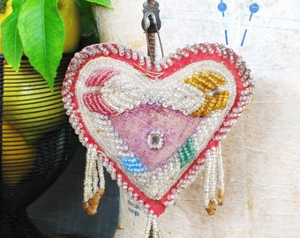 Folk Art , Beaded Whimsy Heart , Roadside Souvenir , Native American , Beadwork , Beaded Heart , Beaded , Handmade , Valentines Day