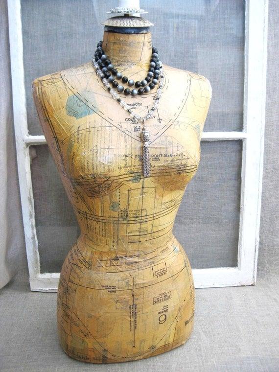 Vintage Mannequin- Vintage