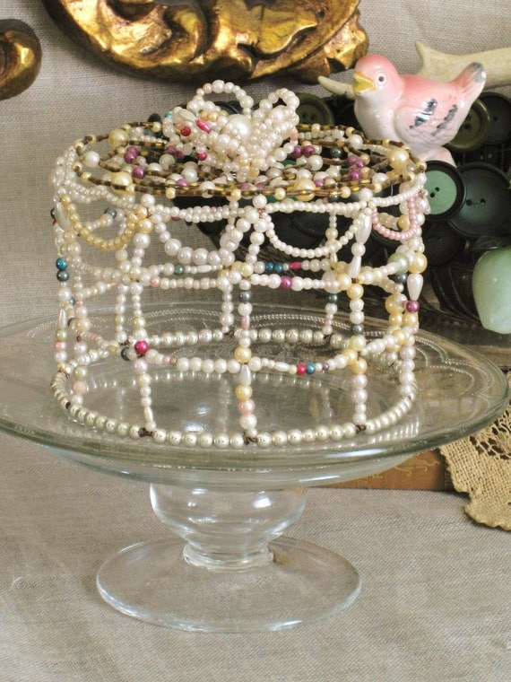 Vintage Beaded Cake- Queens Manor