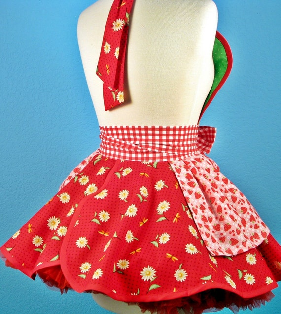 Strawberry Shortcake Baby Doll Apron With Daisies
