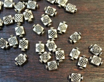 whole shop now with prices 50% off - 50 pcs - Antique Silver - Bottle Shape Diamond Patterned Beads - 6mm x 9.5mm