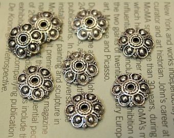 whole shop now with prices 50% off - 8 pcs Antique Silver Flower Bead Caps - 14mm