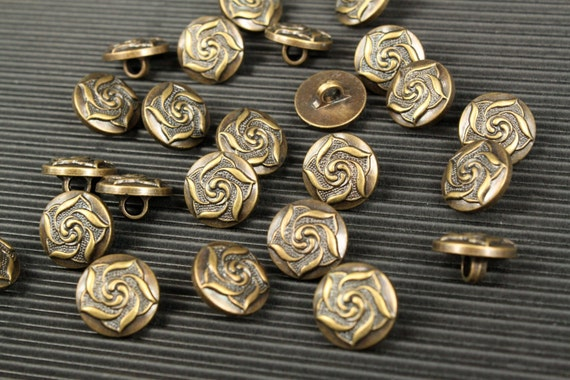 6 pcs - Rose Buttons - Antique Bronze Polyester - 15mm