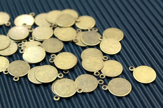 20 pcs - antique bronze disc charms/pendants setting - 12mm