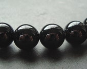 8mm Jet Black Onyx Smooth Shiny Round Beads - 12 Pieces