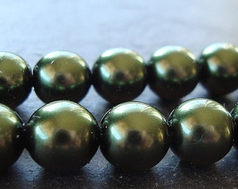 Czech Glass Beads 8mm Forest Green Pearl Finish Smooth Rounds - 8 Pieces
