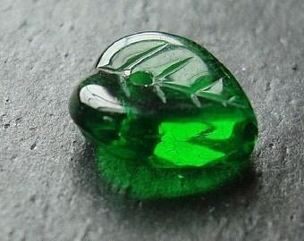 Czech Glass Beads 9 x 9mm Forest Emerald Green Leaves - 10 Pieces