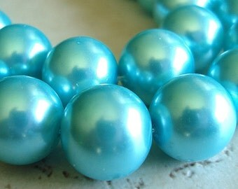 Glass Beads 12mm Shiny Opaque Aqua Blue Pearl Glass Smooth Rounds - 8 Pieces