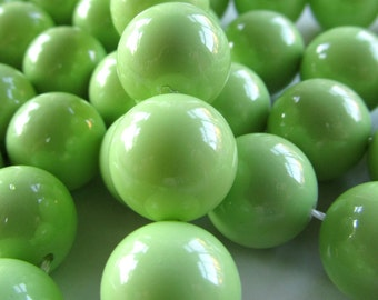 Shell Pearl Beads 12mm Lustrous Apple Green Smooth Rounds  - 6 Pieces