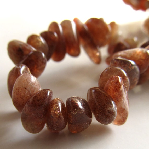 Sunstone Beads 10 X 5mm Brilliant Flashy Coppery Rust Smooth Chips - 8 Inch Strand