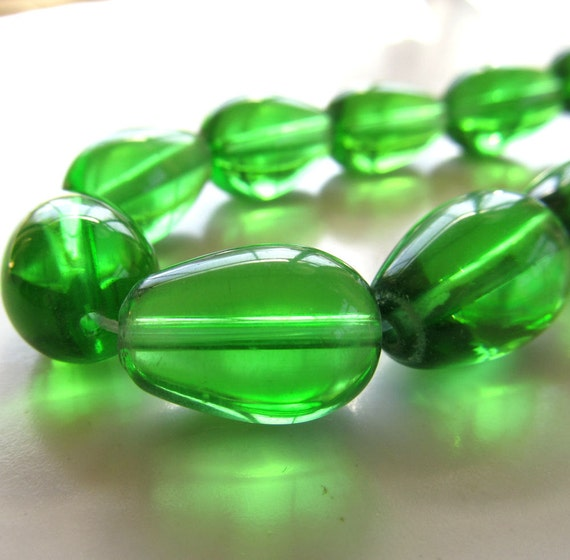 Glass Beads 17 x 11mm Translucent Kelly Green Smooth Full Teardrops -  (Last 10 Pieces)
