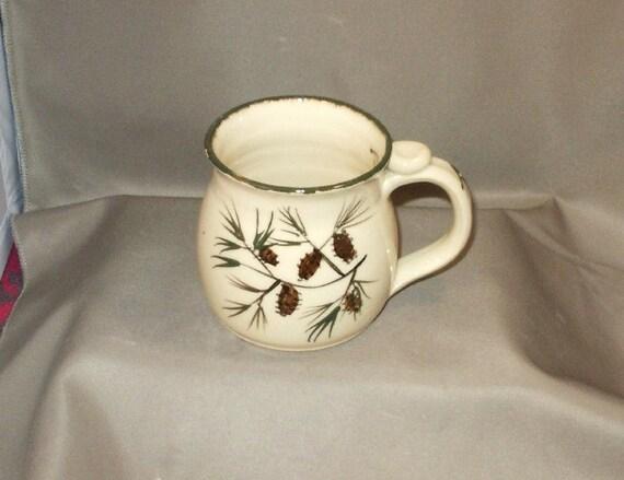 Stoneware Pottery Pine Cone Mug 11PCM12